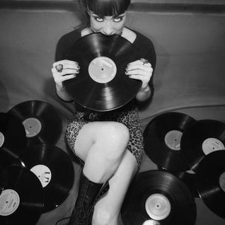 "indieground radio show ""Breakfast Sessions"" -  21.03.2015 - Saturday 12:00-14:00!"