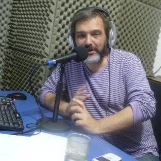 "CBB Radio - Entrevista a Alberto Scholiadis, conductor de "" Pánico Rock & Comics"""