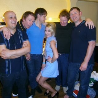 Jacqui Carroll interviewing Inspiral Carpets backstage at The Olympia Theatre Dublin May 2012