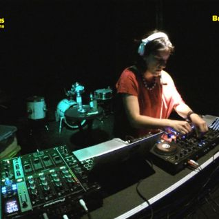 Von-X - Yellow Glasses Electronic Sessions - Breyner Discothéque