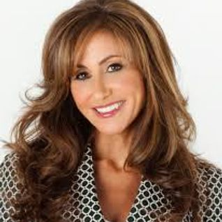Kelly Kosow, CEO of The Ford Institute, talks about Authenticity, Shadow Beliefs, Goals + Abundance