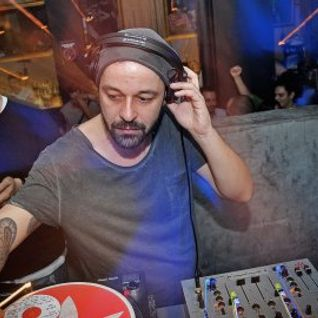 Dejan Milicevic @ The Tube closing- part 2