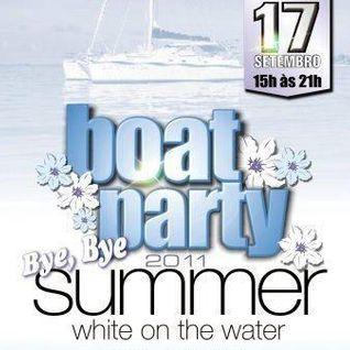 DeeJay Bside @ Bye Bye Summer Boat Party 2011