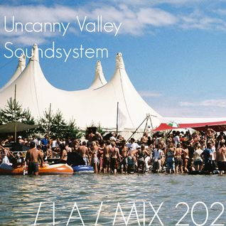 IA MIX 202 Uncanny Valley Soundsystem