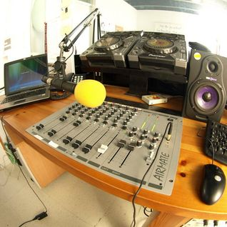 HORARIO SOLAR 013 - on RADIO ILLA 24. august 2010