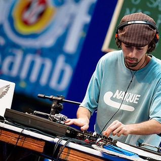 DJ Nuts Live Session