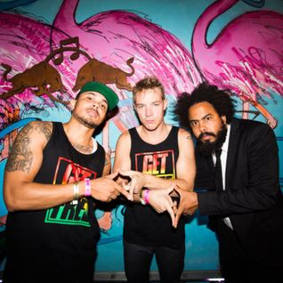 Major Lazer - Diplo and Friends (01-12-2014)