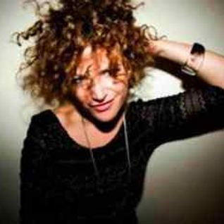 Annie Mac - BBC Radio1 (Guest Netsky) - 12.09.2014