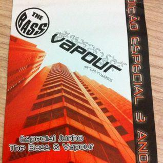 The Bass Vs. Vapour @ DJ Patife with MC Cleveland Watikiss 01Jun2003