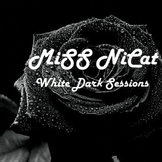 MiSS NiCat '' White Dark Rose''