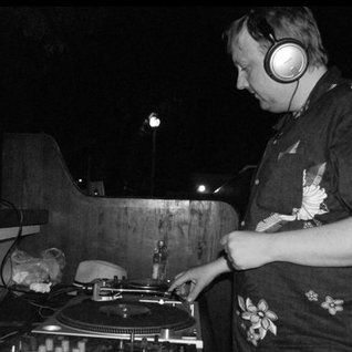 Tidy tan in Tisno - Garden Festival 2012 Promo mix by Bobby Beige