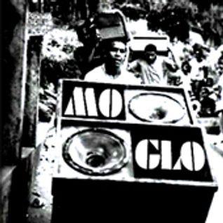 Mo' Glo - December 2009