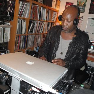 Jumping Jack Frost featuring MC Moose (V Recordings) @ Bailey D&B Radio Show, BBC 1Xtra (21.03.2012)