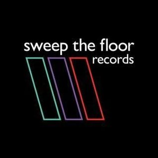 SWEEP THE FLOORCAST 030 - Curtis Randles