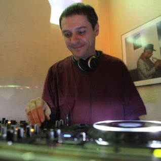 Mikel Saldise set piece at Be Bop Bar (Donostia) 08th dec. '13