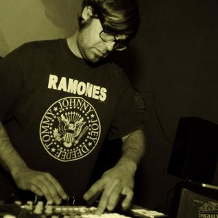 Thursday without love (Sala Cau 7/03/2012)