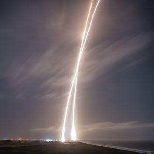 Rocket Landing (DnBMix)