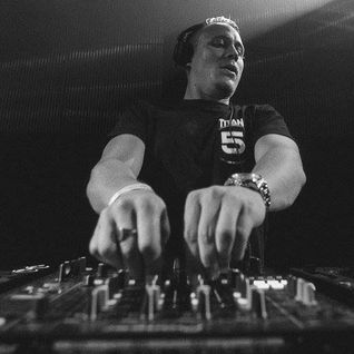 DJ A.M.C featuring MC Phantom (Titan Records) @ 5Years of Titan Records - London (29.06.2016)