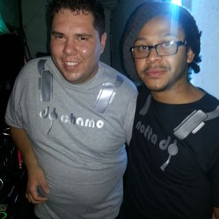 NOTTA DJ & DJ CHAMO ABRIL 2013