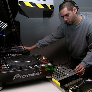 DJ Vapour - April 2012 Studio mix