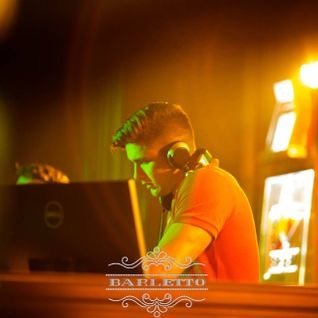 Santino @ DANCE FM 11.04.2014 Deep Dance Therapy Session 11