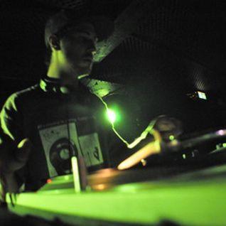 Quaterblack - Old minimix of dubstep tunes