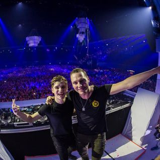 Tiësto B2B Martin Garrix Live at 538JingleBall - Amsterdam - 19.12.2014