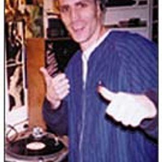 DJ Angus on Crucial Cutz @ 4zzzfm Brisbane - 1997