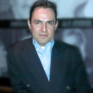 """VOZ Y TALENTO """"JAIR HERRERA"""" EN DIVINA RADIO LA VOZ DEL ANGEL CONDUCE GUADALUPE DIVINA/NOCHE BOHEMIA"""