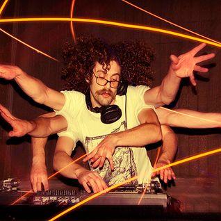 The Gaslamp Killer (Brainfeeder, Low End Theory) @ Essential Mix, BBC Radio 1 (01.12.2012)