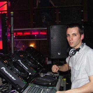 Matty BASSDRIVER - Oldskool House & Rave Anthems Set - Live@ReViVED3, Nines, Barrow - 05/03/2011