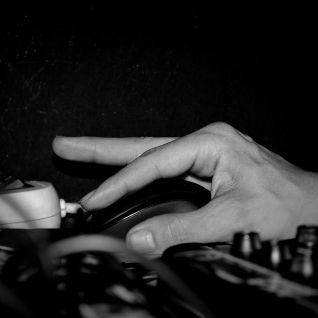 FIGURE DE STYLE, 1 doigt sur 2 boutons SPACEPEDRO mix