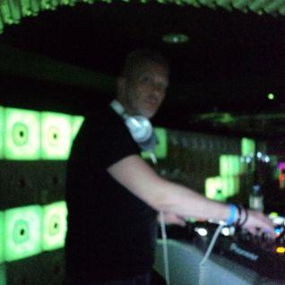 Manic Deejays @ Vibe Club --- Gert-n playing