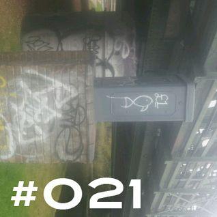 #21 ~ D90 ~ 20th November 2012 ~ Purple Radio