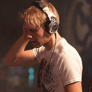 Armin van Buuren – A State Of Trance ASOT 724