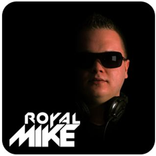 (SNIP) Liveset Royal Mike @ Beachclub Royal Januari 2013 ( 15 MIN )