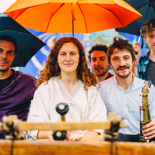 Bex Burch of Vula Viel guests on Jazz Travels
