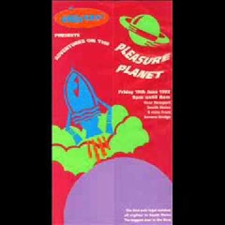 "THE DJ PRODUCER @ UNIVERSE ""ADVENTURES ON THE PLEASURE PLANET"" 19.06.92"