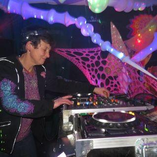 Lorraine(Psilocybe Tribe.Sunrise)2015 02 Forgotten Frequencies Liverpool