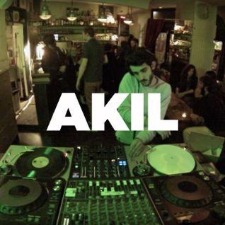Akil • Dure Vie takeover • LeMellotron.com