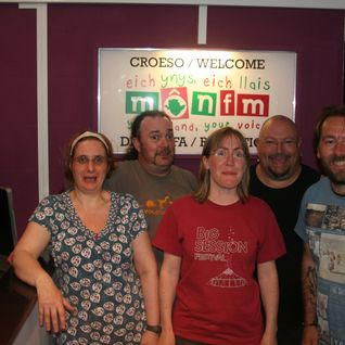 Welsh Celtify Show 10.06.13 with Bum Sting Spiders in session
