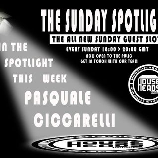 Live show on Househeadsradio IN THE SPOTLIGHT