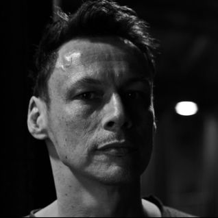 Electronic Explorations - 405 - Luke Slater  (Warehouse Sessions 016)