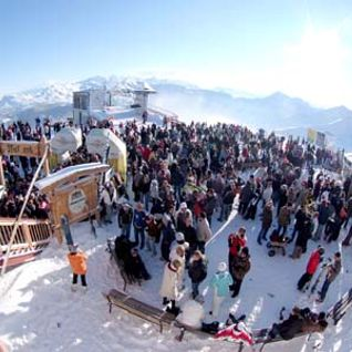 Dirty Doering @ Rave On Snow 2012 (Saalbach,AT) (15.12.2012)