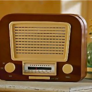 THE OLD COTTAGE RADIO