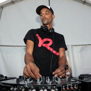 Miguel Campbell Live @ Savannah Bar - Ibiza (21-08-2013)