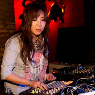 Tokimonsta -Live- (Brainfeeder Records) @ Winter Music Conference, The Stage - Miami (21.03.2012)
