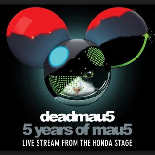 Deadmau5 – Live at Five Years Of Mau5, Knockdown Center (New York, United States) - 11-NOV-2014