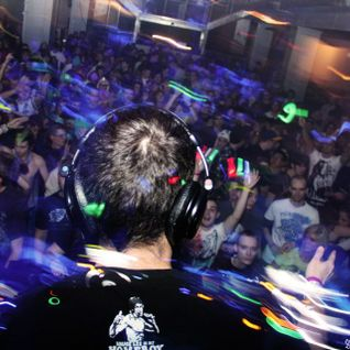Live @ Bassic Neces Cities on 04/20/2013