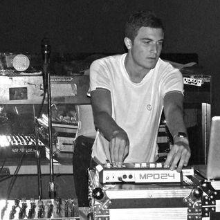 Nicolas Jaar - live at FLY Club, Glasgow - 22-Nov-2015
